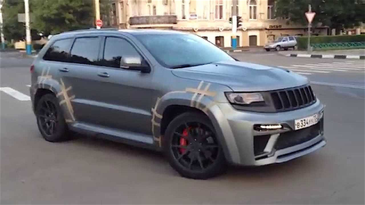 video hellcat jeep cherokee srt caught testing mopar. Black Bedroom Furniture Sets. Home Design Ideas