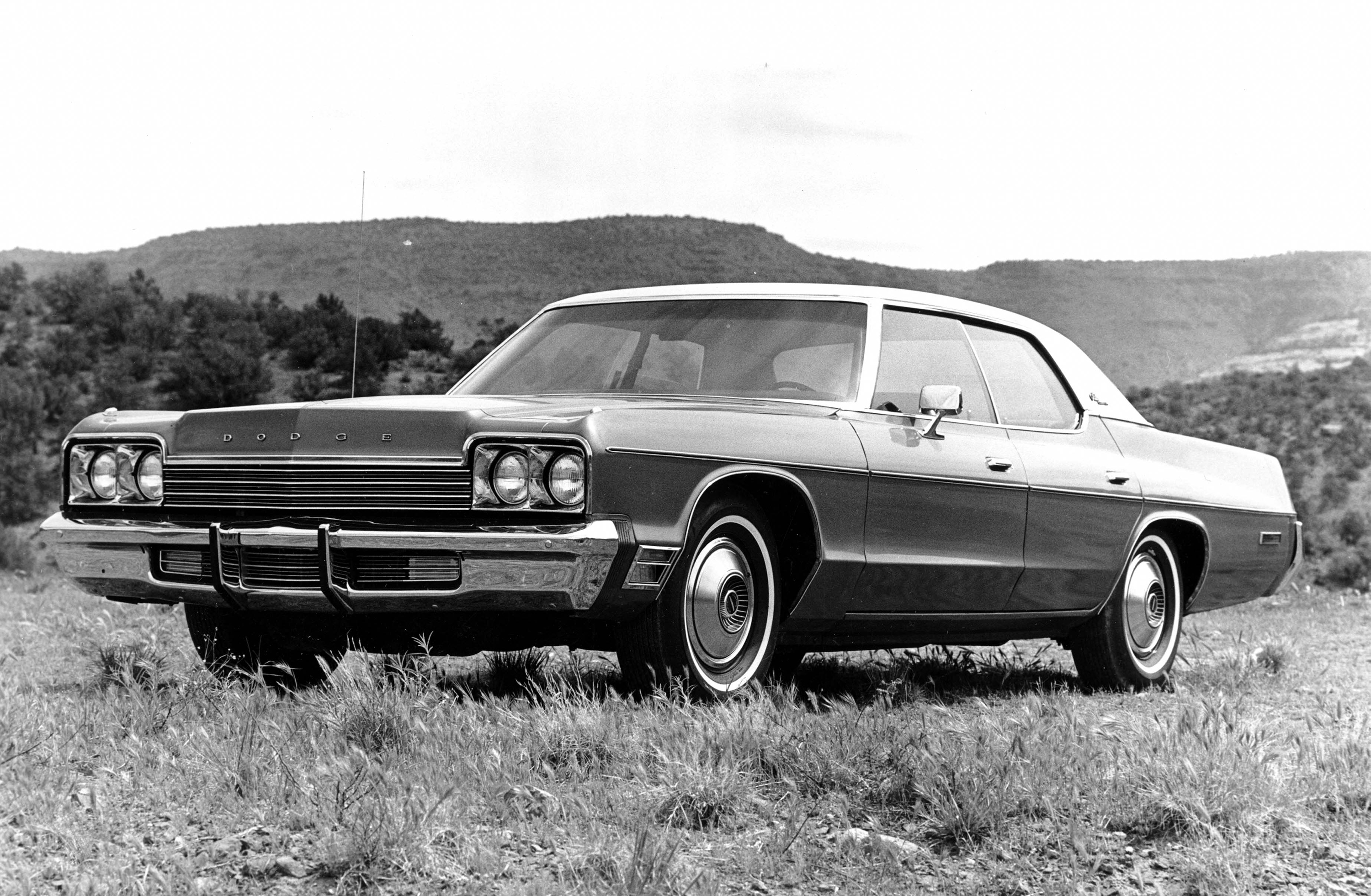 1974 Dodge Monaco Custom 4-door