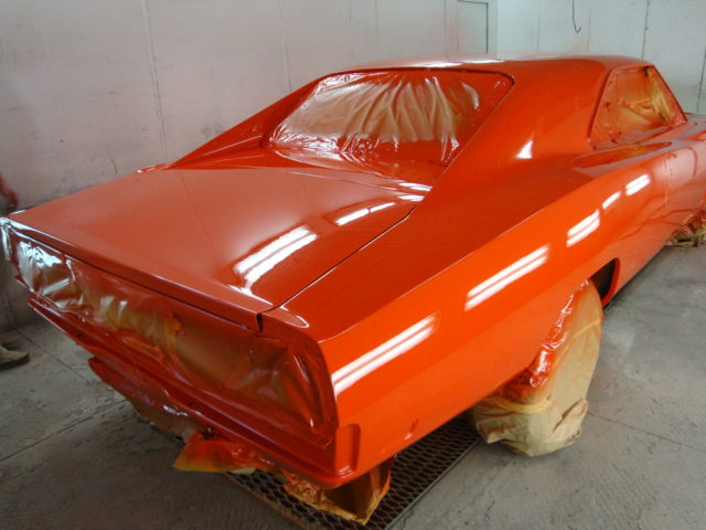 Jim Shine Another Noted General Lee Expert Who Took Part In The Restoration Of 1 Says Because They Used Orange Paint At Warner Bros For Car