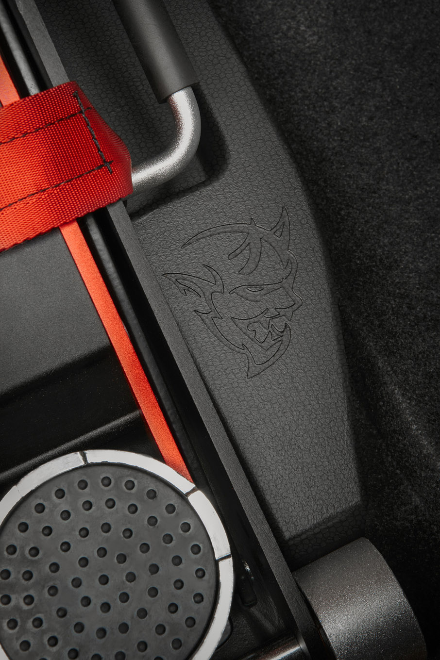 2018 Dodge Challenger SRT Demon Drag Kit features a foam case wi