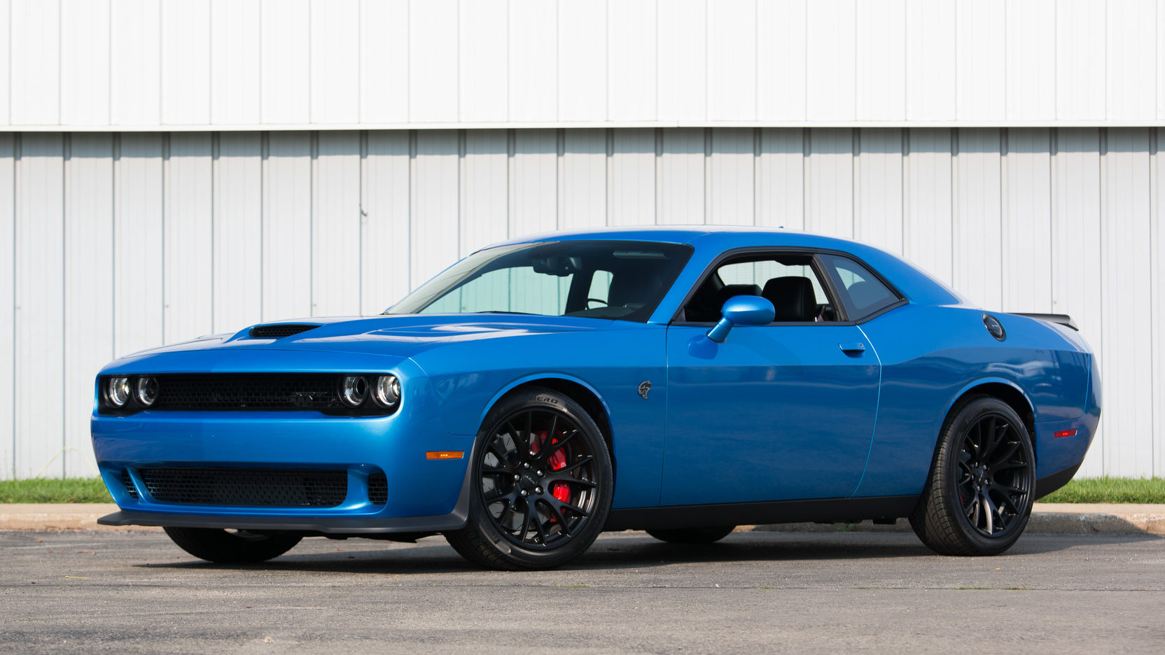 Dodge Challenger Hellcat Blue >> Two Dead After High Speed Run In 2016 Dodge Challenger Hellcat