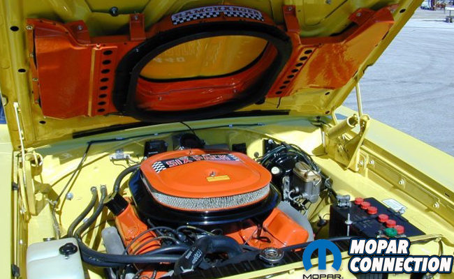 https://moparconnectionmagazine com/the-ultimate-stoplight-intimidator-air-grabber-fresh-air-induction/