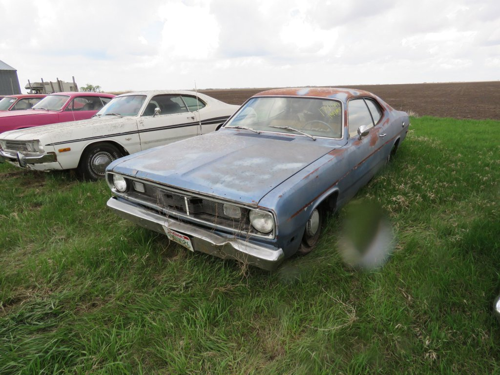 1972 Plymouth Duster Slant 6; $250