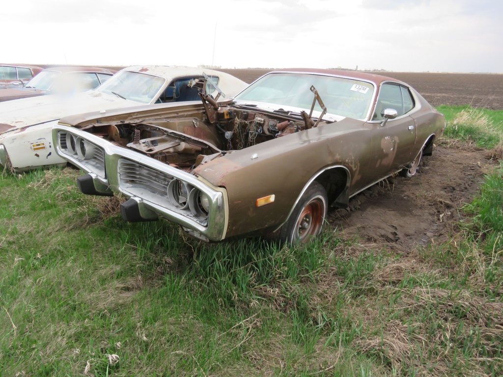 1973 Dodge Charger 318; $750