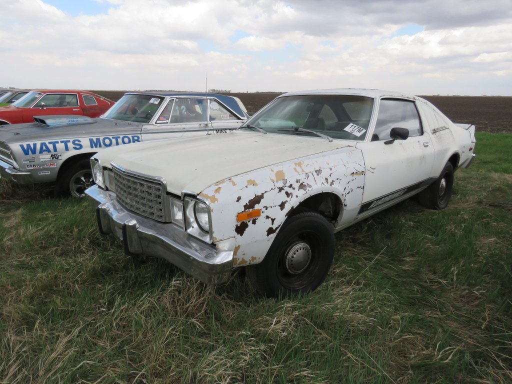 1976 Plymouth Road Runner; $700