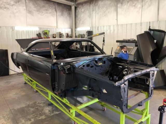 Equipping a '68 Charger With A US Car Tool Stage 3 Kit | Mopar