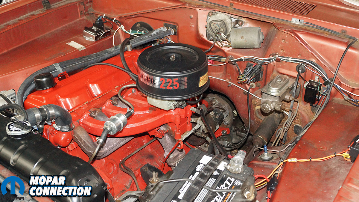 Gallery: Factory Super Six Wakes Up Our 1967 Dodge Dart - Mopar