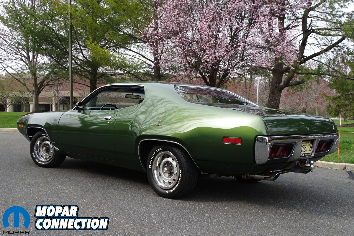 Stripped Down Stunner: Rowland George's 1971 Plymouth Road Runner