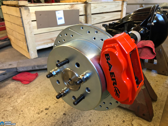 037-Baer-Brakes-Rear-Cross-Drilled-Vented-Slotted-Rotors-Caliper-Charger